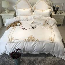 Egyptian cotton white color luxury hotel Bedding set gold