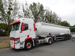 100 Fuel Trucks FileRenault T 460 Fuel Tank Truckjpg Wikimedia Commons