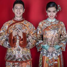 During The Chinese Spring Festival In 2015 Huang Xiaoming Took AngelaBaby To His Hometown Shandong And Got A Marriage Certificate There May