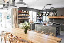 Home Interior Pics Foto Auf Lager Home Interior Mit Offener Küche Und Essbereich