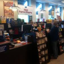 Barnes & Noble Hourly Pay