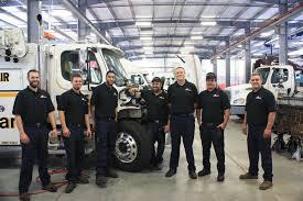 D & K Truck Co - Truck Accessories Store - Lansing, MI 48917