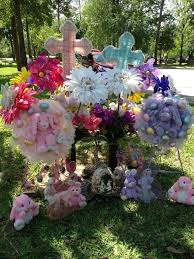 ideas for graveside decorations 35 best cemetery memorial decorations images on