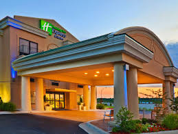 Holiday Inn Express & Suites Muskogee Hotel by IHG