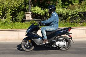 The 2017 PCX150 Is So Easy To Ride Its Absurd One Does Not Need Be A Die Hard Motorcyclist Have Blast On This Machine Shanda Hurst Photo