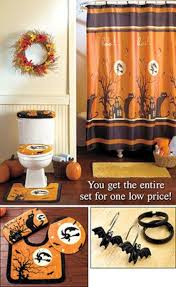 Halloween Yard Decorations Pinterest by Halloween Bathroom Sets Decorated Houses For Halloween Black And