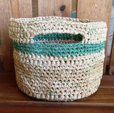 Craft A Basket Out Of Plastic Bag