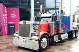 100 Optimus Prime Truck Model Events Meet The Official Truck