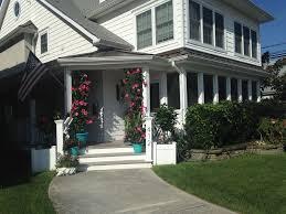 100 Beach Houses Gold Coast COASTAL ELEGANCE PREMIER LOCATION 5 HOUSES TO BEACHRESIDENTIAL NEIGHBORHOOD