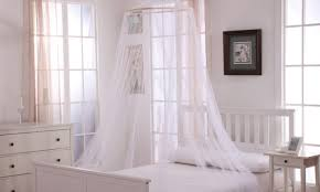 Blackout Canopy Bed Curtains by How To Install A Bed Canopy In 5 Easy Steps Overstock Com