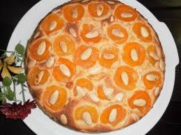 aprikosen mandeltorte