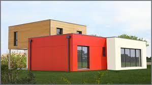 construction maison bois écologique avec mur en ossature préfabriqué