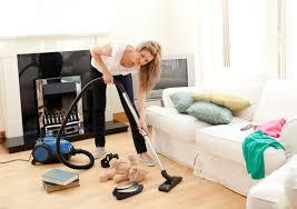 wohnzimmer richtig putzen putzen de