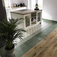 zementfliesen in der küche 2021 mosáico zementfliesen
