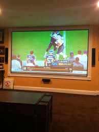 Drop Ceiling Mount Projector Screen by 25 Unique Projector Screens Ideas On Pinterest Home Projector