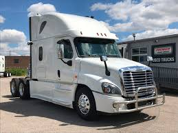 2017 Used Freightliner Cascadia Evolution Lots Of Warranty, Dealer ... Freightliner Introduces Highvisibility Trucklite Led Headlamps Fix Cascadia Truck 2018 For 131 Ats Mod American Freightliner Scadia 2010 Sleeper Semi Trucks 82019 Highway Tractor Missauga On Semi Truck Item Dd1686 Sold Used Inventory Northwest At Velocity Centers Salvage Heavy Duty Tpi Little Guys 2015 Tour Youtube 2016 Evolution With Dd15 At 14 Unveils Revamped Resigned