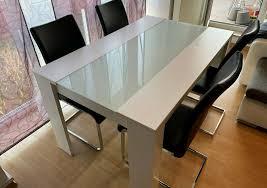 esstisch weiß glas 4 stühle wippstühle schwarz esszimmergruppe
