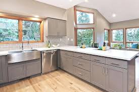 gray shaker kitchen cabinet gray shaker kitchen cabinets light