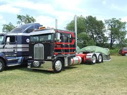 Those Day Cab Western Stars Look Very Nice, See How Good That Truck ...