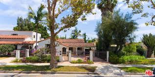 100 Holmby Hills La 320 South Peer Drive Beverly CA 90211 Dilbeck Real Estate