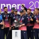 Waqar Younis, Pakistan national cricket team, ICC Champions Trophy, Brian Lara