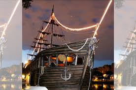 100 Design A Pirate Ship You Can Spend A Night On A In St Paul