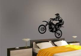 sticker motocross et pilote de profil pour mur par décorécébo