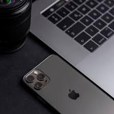 macbook desktop esstisch massivholz
