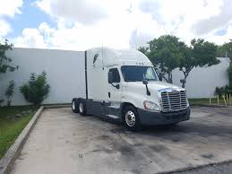 2013 FREIGHTLINER CASCADIA TANDEM AXLE SLEEPER FOR LEASE #1385