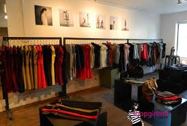 Tlent How To Display Clothes In A Boutique On Telier B Diy Retil Ides From Clothg