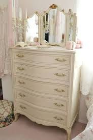 Raymour And Flanigan Lindsay Dresser by 25 Best Home Bedroom Furniture I Like Images On Pinterest