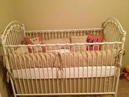 bratt decor crib for sale