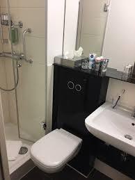das kleinste bad der welt badezimmer mit 2 5 qm dusche