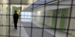 l absence de contrat de travail en prison n est pas
