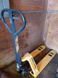 Uline H 1366 Pallet Truck