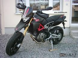 Aprilia SMV Dorsoduro 750 Factory 2011 NEW Carbon Super Moto Photo