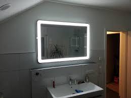 badezimmerspiegel mit umlaufender led beleuchtung wir