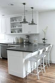 cuisine ouverte surface cuisine ouverte avec comptoir maison design meuble de cuisine bar