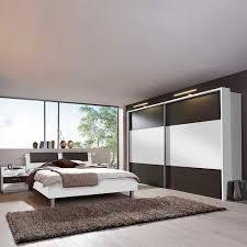 schlafzimmer komplettset in weiß braun mit led beleuchtung 4 teilig