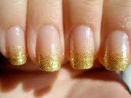 40 Beautiful Gold Glitter Nails Designs