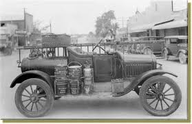 100 First Fire Truck Bandera In 1927