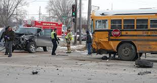 100 Two Men And A Truck Cedar Rapids Chase Ends After Suspect Hits School Bus