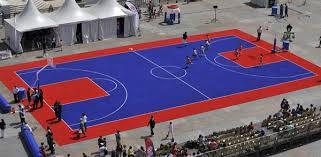 terrain de basket exterieur un revêtement extérieur révolutionnaire ffbb