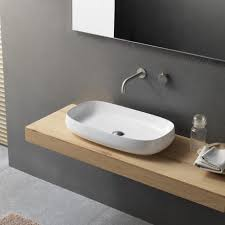 waschbecken und arbeitsplattenwaschbecken oder