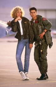 Tom Cruise ( Maverick ) And Kelly McGillis (Charlie) In