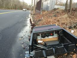 Nyc 311 Christmas Tree Disposal by Evading New Law More Staten Islanders Illegally Dump Electronics