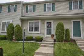 Sinking Springs Pa Zip Code by 105 Canberra Ct Sinking Spring Pa 19608 Mls 7034739 Redfin