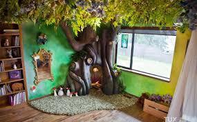 les plus chambre le papa le plus sympa du monde il fabrique un arbre dans la