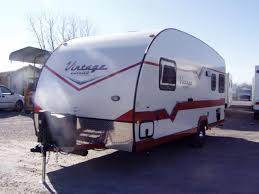2017 Gulfstream VINTAGE STYLE 19RBS Camping RV Trailer