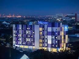 At 90 M Ibis Budget Semarang Tendean